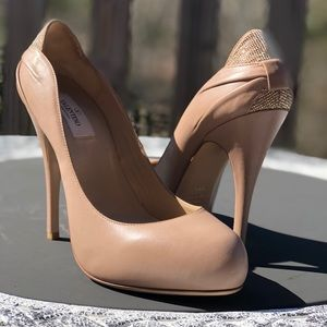 Valentino nude leather heel pump 8.5